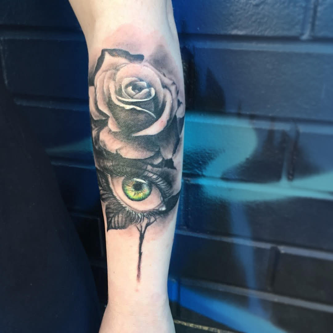 Roses And Eyes The Tattoo Movement